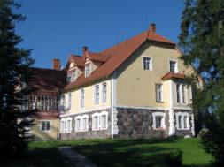 Norra-Island-ja-Liechtenstein-toetavad-mitut-Eesti-mõisakooli.jpg