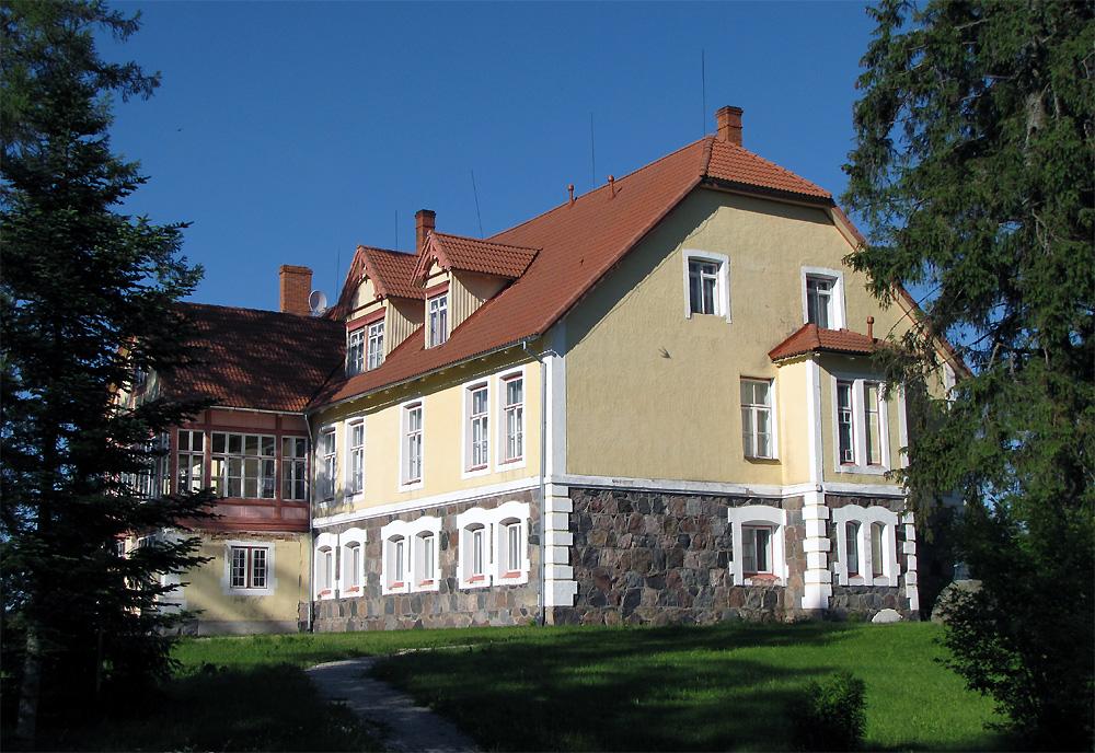 Norra, Island ja Liechtenstein toetavad mitut Eesti mõisakooli