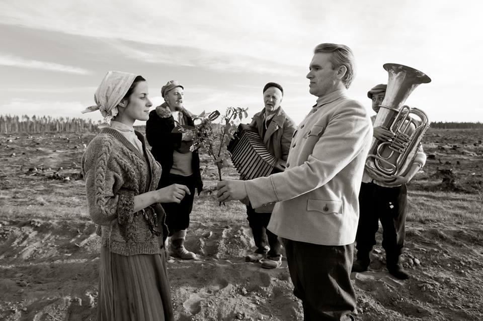 """Uus Eesti film """"Risttuules"""" teeb kummarduse eestlaste minevikule"""