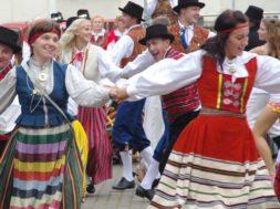 """XX-Võru-Folkloorifestivali-""""Lugu""""-passid-jõudsid-müüki.jpg"""