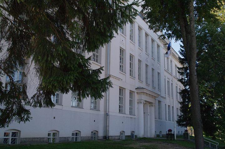 Valga Gümnaasiumi õpilastele hakatakse maksma stipendiumi hea õppeedukuse eest