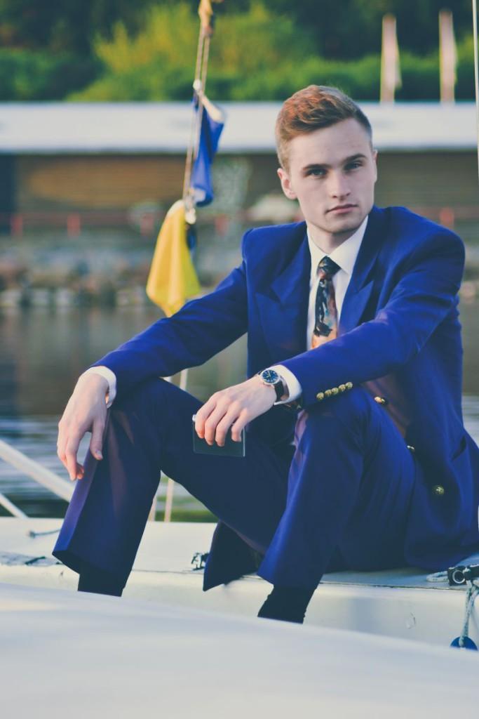 suit18