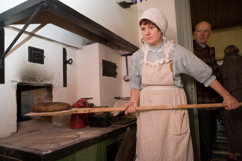 Parimad kodumaised leivaküpsetajad Eesti Vabaõhumuuseumi Eesti leiva päeval
