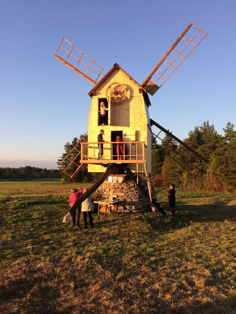 Renoveeritud Ilaste tuulik Saaremaal1