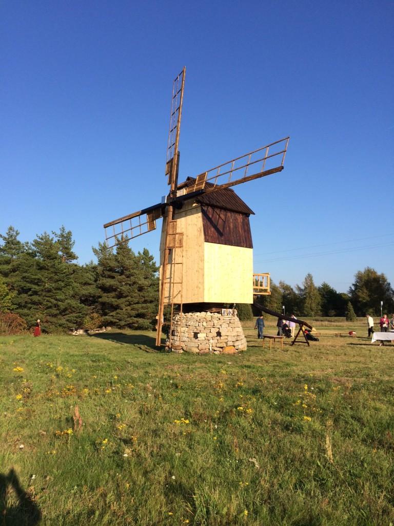 Renoveeritud Ilaste tuulik Saaremaal2