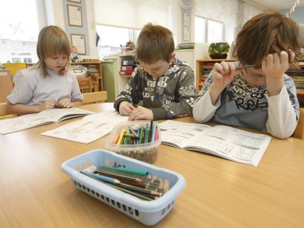 Tallinnas tõusid lasteaednike palgad