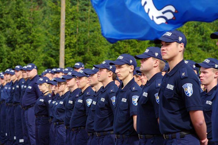 SÄILITAME RAHU JA OLEME TARGAD I Terviseamet ja PPA paluvad Narva elanikel hoiduda piiri ületamisest ilma kriitilise vajaduseta