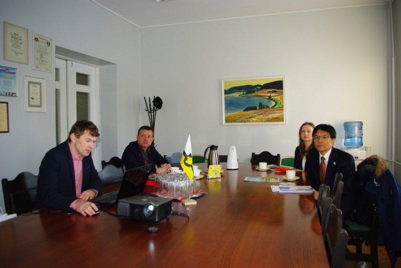 Jaapani suursaatkonna kultuuriatašee Takashi Ato külastas Otepääd