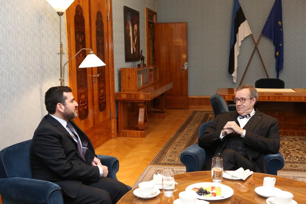 Küprose Vabariigi suursaadik Evangelos Savva ja Toomas Hendrik Ilves<br /> Foto: Annika Haas (Vabariigi Presidendi Kantselei)