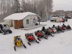 Talvepealinnas-Otepääl-on-avatud-avalik-mootorkelgurada.jpg