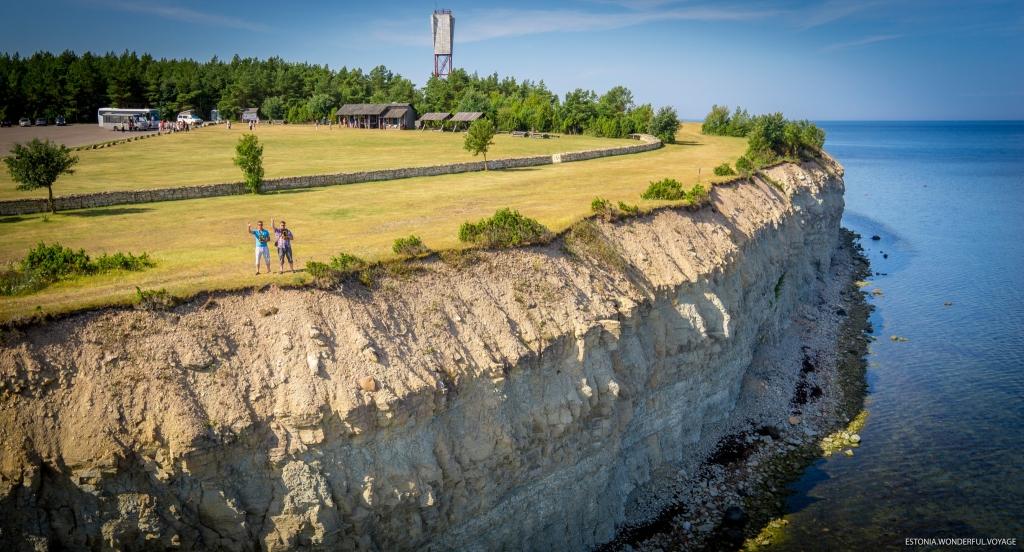 Linnuvaates droonipildid Eestist on jõudnud raamatukaante vahele