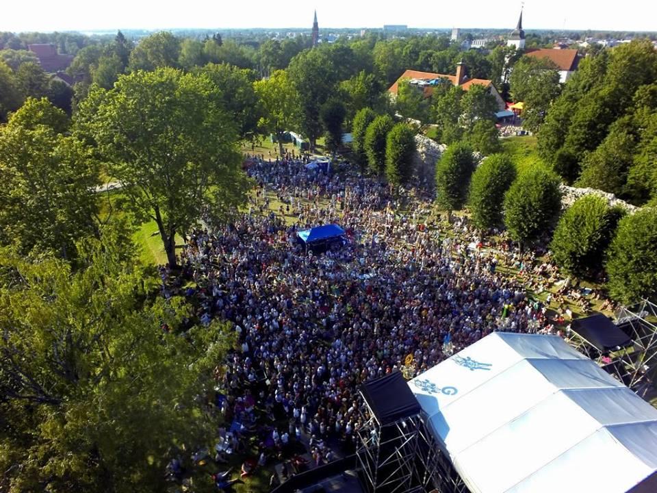 VILJANDIS FOLKIJAD! Tänavune pärimusmuusika festival toob publikuni ligi poolsada esinejat