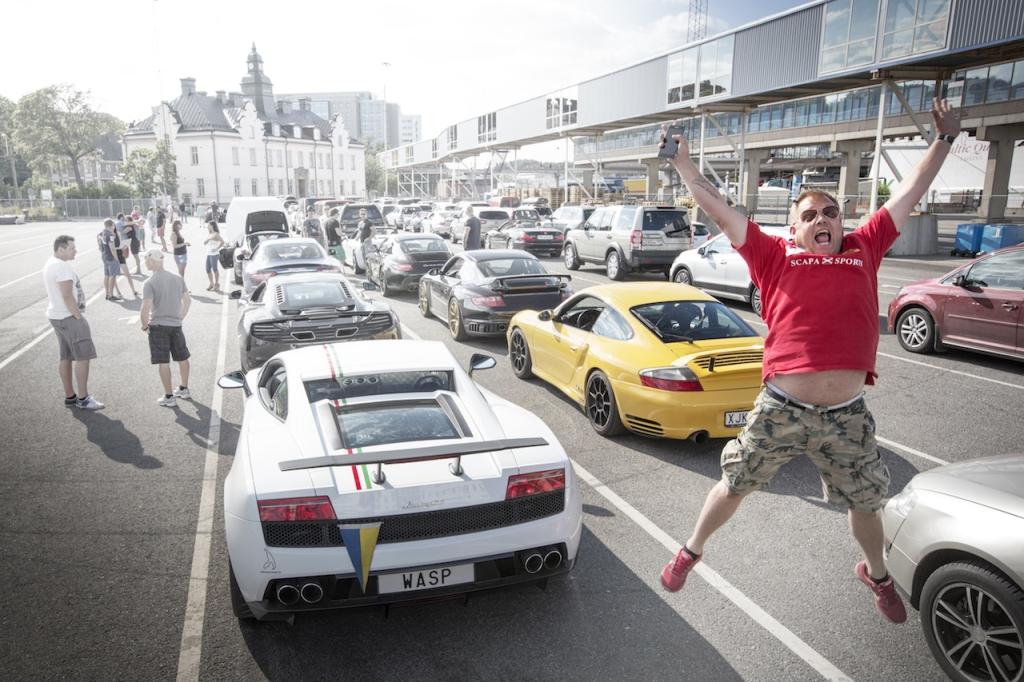 LUKSUSLIKUD SPORTAUTOD EESTIS! Superautod vallutavad Eesti teed
