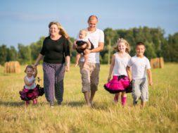 Lasterikaste-perede-huvide-kaitse.jpg