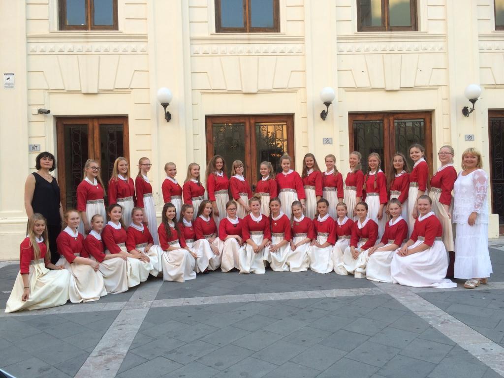 PALJU ÕNNE! Raadio Laulustuudio Tütarlastekoor sai Milazzo festivalil esikoha