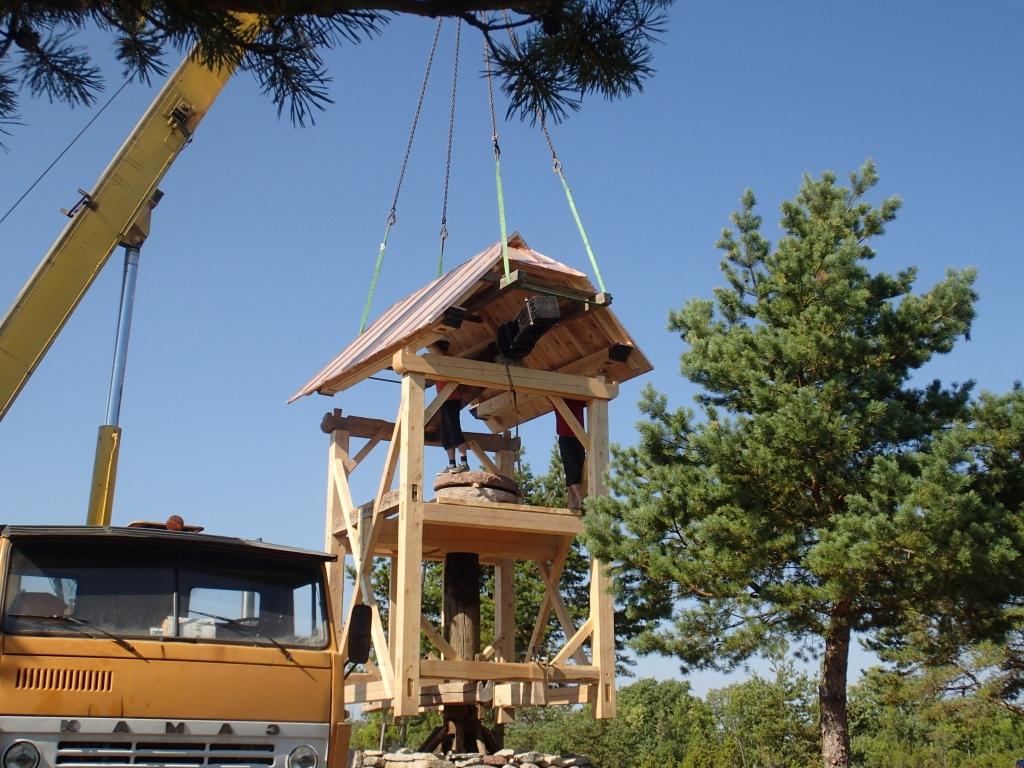 Altia Eesti poolt restaureeritav Kivestu tuulik tõsteti paika