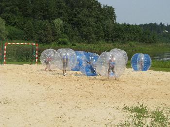 Põlvamaal tähistati rahvusvahelist noortepäeva aktiivsete tegevusega Põlva rannas