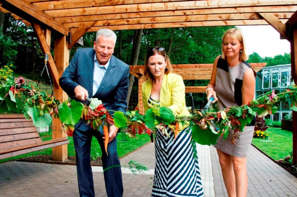 IMELINE KESKKOND! Tallinna Botaanikaaias avati Meelte aed