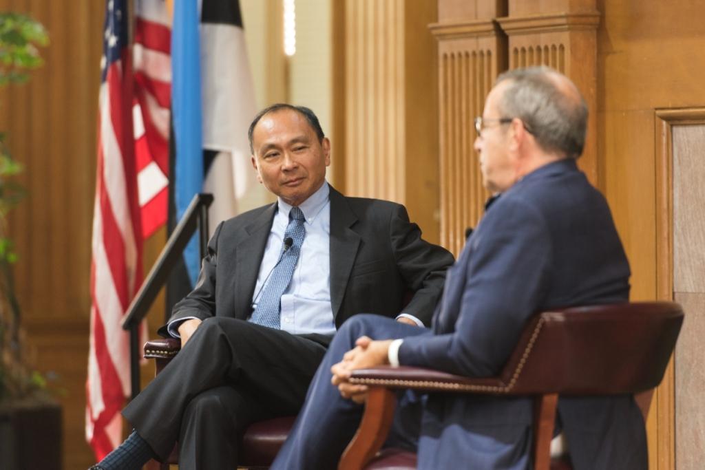 President Toomas Hendrik Ilves ja politoloog Francis Fukuyama arutlesid Stanfordi Ülikoolis infotehnoloogia tuleviku üle