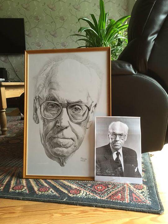 HUVITAV PAKKUMINE! Noor kunstnik otsib Lennart Meri portreele väärikat kohta
