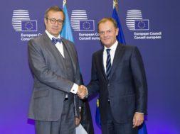 President-Ilves-kohtus-Euroopa-Ülemkogu-eesistuja-Donald-Tuskiga.jpg