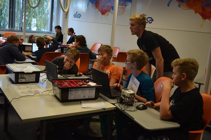 Elisas startis Robootika Ring: Elisast kasvavad välja väikesed insenerid