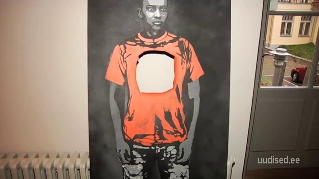 Vähesed on tundmatut Tartu tänavakunstnikut näinud, kuid kõik tahavad tema teoseid
