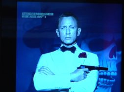 Bond-007.jpg