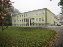 Järva-Jaani-Gümnaasium.jpg