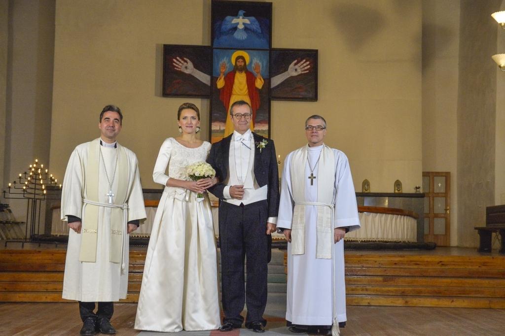 PALJU ÕNNE! Toomas Hendrik Ilves ja Ieva Kupce abiellusid