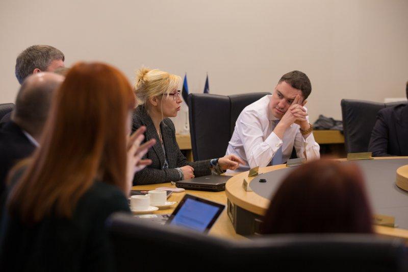 ÄRIKESKKONNA ARENDAMINE! Iduettevõtjate ümarlaud arutas peaministriga Eesti ärikeskkonna arendamist