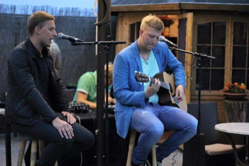 VÄRSKE SINGEL! Duo Allan&Ragnar rõhub eestikeelsetele armastuslauludele
