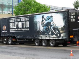 Harley-on-Tour_demo-truck.jpg