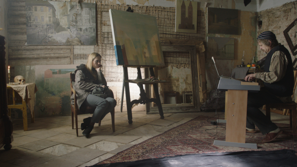 """VAATA TREILERIT! Täna esilinastub Tartus kinos Cinamon Mart Kivastiku armastusfilm """"Õnn tuleb magades"""""""