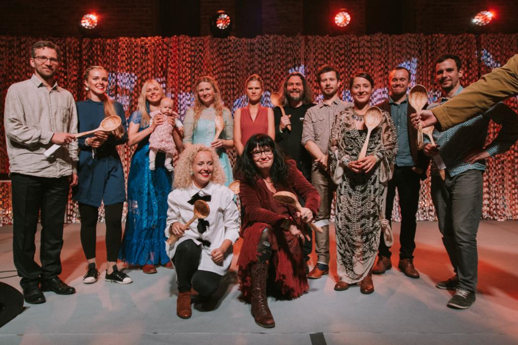 Pärimusmuusika auhinna Etnokulp jagamisel oli edukaimaks ansambliks Naised Köögis