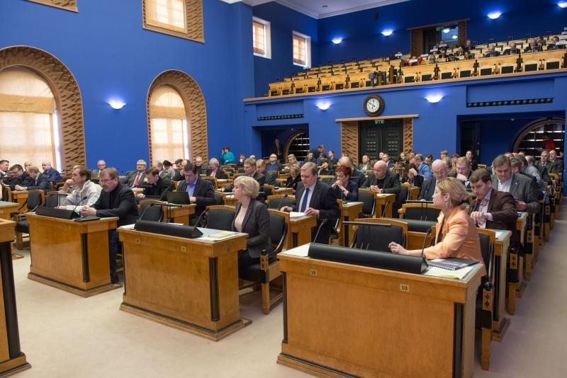 Riigikogu kiitis heaks naistevastase ning perevägivalla ennetamise ja tõkestamise konventsiooni