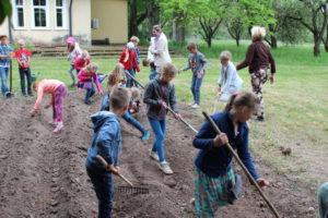 tamme-kooli-lapsed-emu-mahekeskuses
