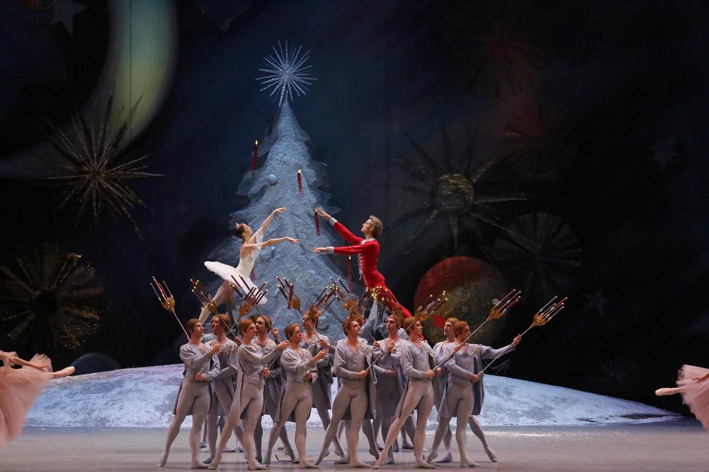 """BALLETT KINOS! Homme linastub Eesti kinodes Moskva Suure Teatri ballett """"Pähklipureja"""""""