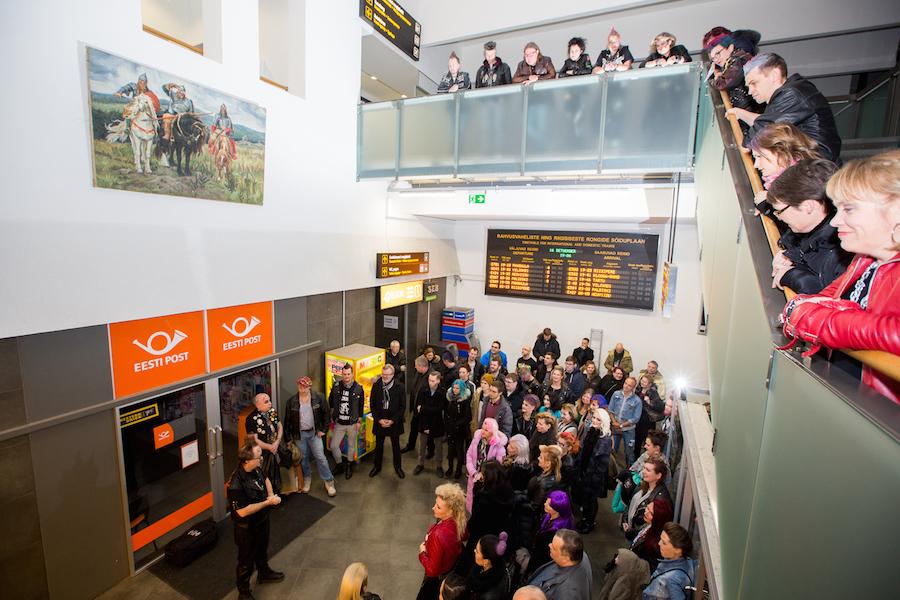 Balti jaamas avati kuulsa Vene kunstniku aastakümneid kadunud olnud maal