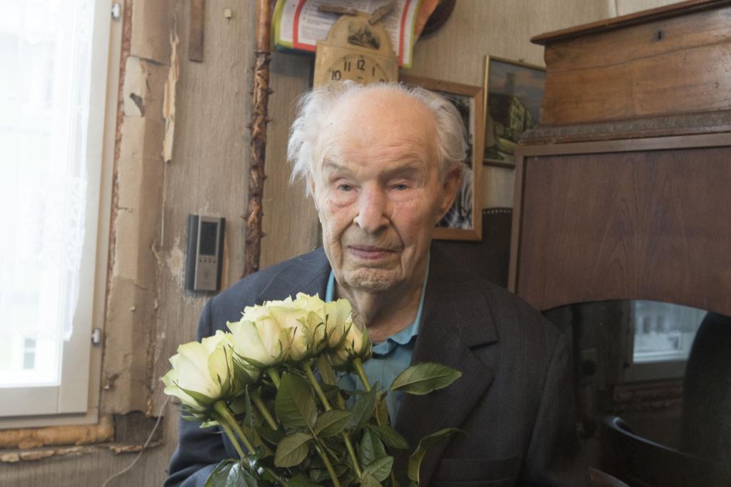 PALJU ÕNNE! Vanim eestlane tähistab täna oma 107. sünnipäeva
