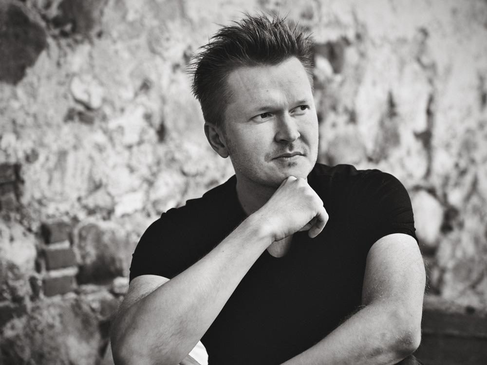 Pianist Kristjan Randalu annab ainsa soolokontserdi Eestis