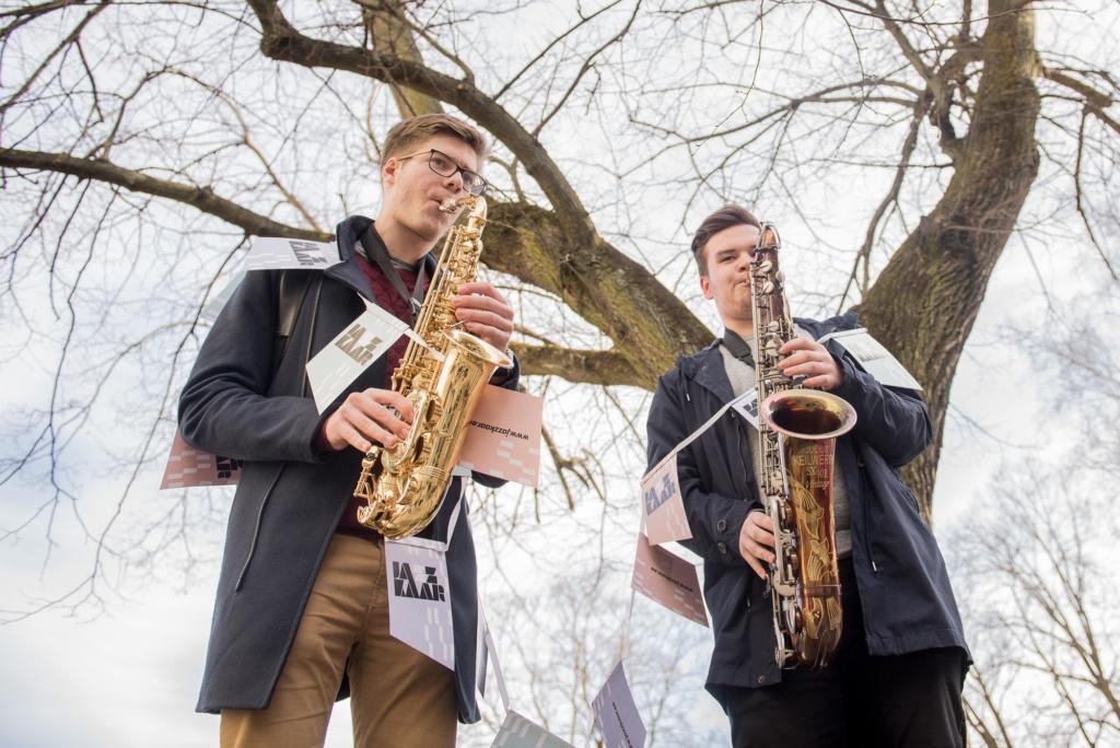 Noored jazzitalendid teevad kummarduse Eesti estraadiklassikale