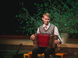 Peauhinna võitja Karksi-Nuia Muusikakooli õpilane Rasmus Kadaja