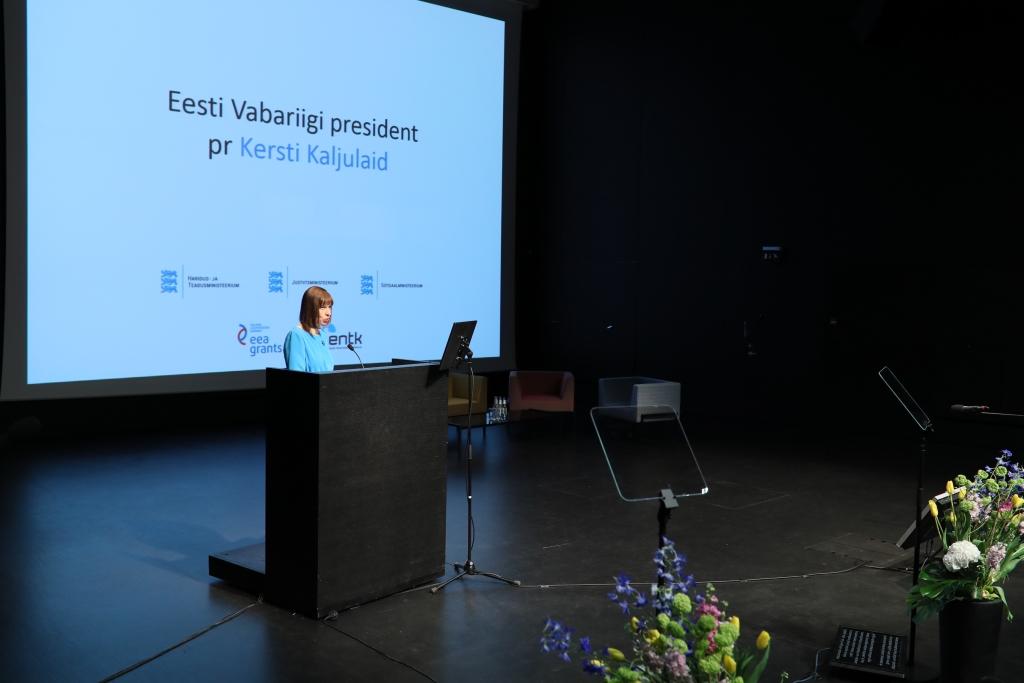 Fotod! President Kersti Kaljulaid: kohalik võim peaks jõulisemalt laste huvide eest seisma ja vajadusel ka sekkuma