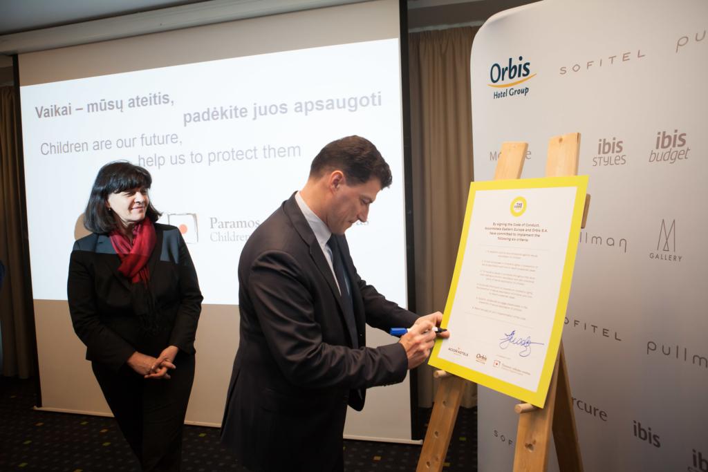Ränga laste õiguste rikkumise vastu! Swissotel Tallinn liitus globaalse lastekaitse alase koodeksiga