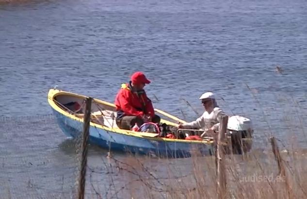 Video! Saaremaa kalamehed võistlesid mandrirahvaga kalapüügis