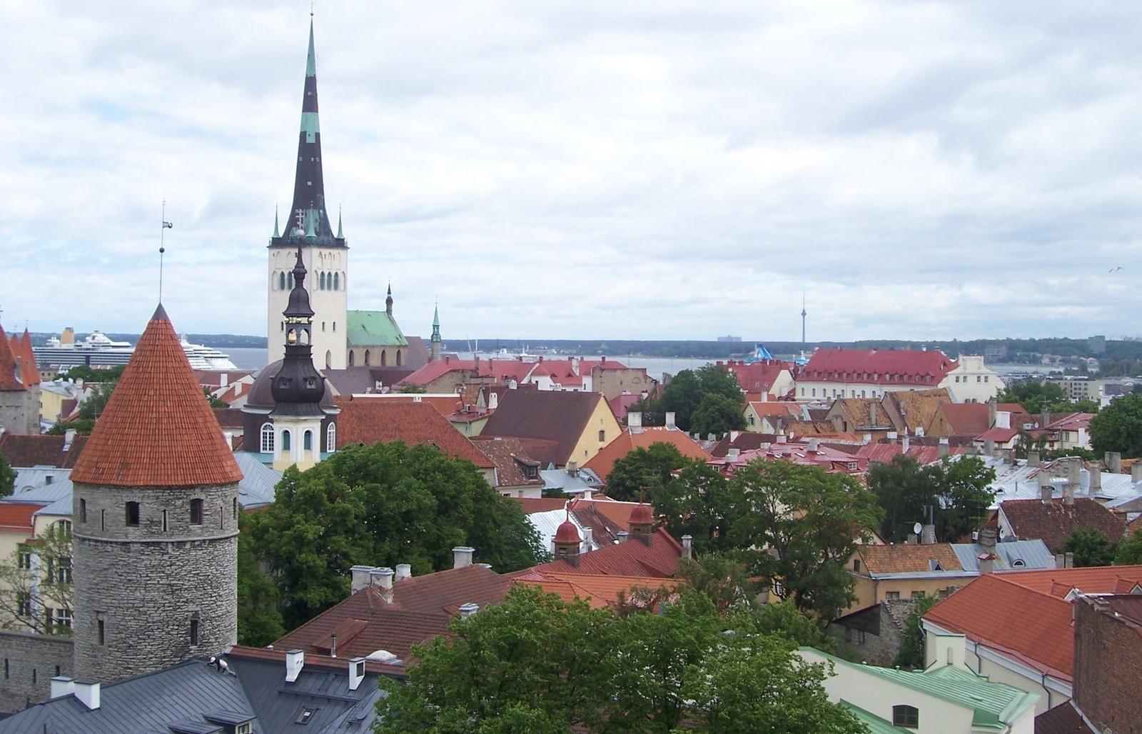 Tallinna lisaeelarve panustab lastesse, ühistransporti ja teedesse
