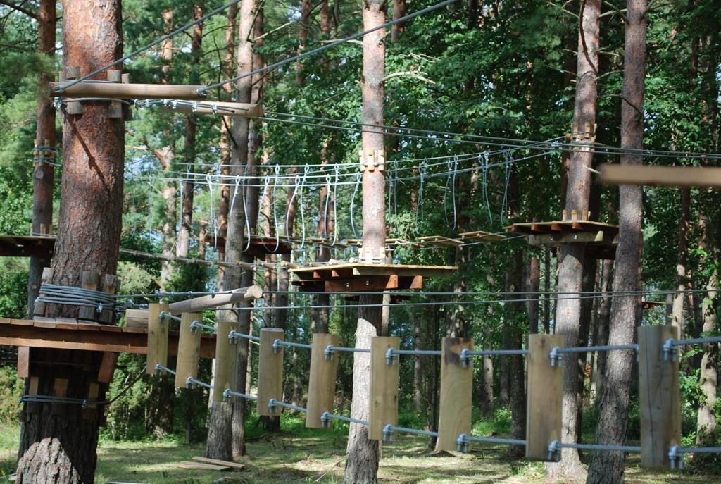 6 SEIKLUSPARKI! Vaata, millised põnevaid seiklusparke võib Eestist leida