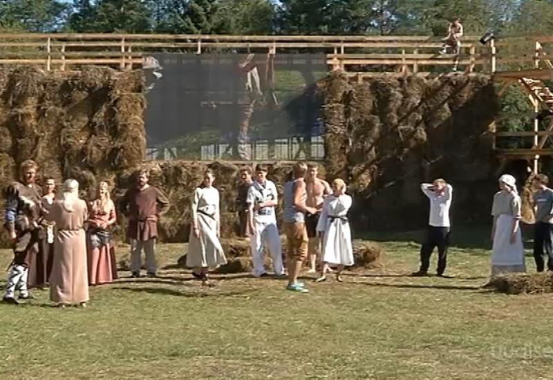 """Video! Viljandimaal saab nautida ajaloolist suvelavastust """"Lembitu – kuningas ilma kuningriigita"""""""