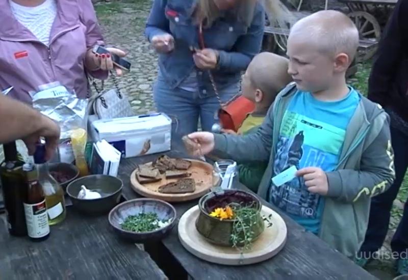 Video! Narvas toimunud maitsval festivalil tutvustati rahvuskööke